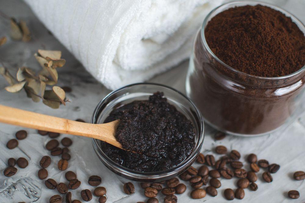 Natural,Ingredients,For,Homemade,Body,Chocolate,Coffee,Sugar,Salt,Scrub